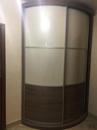 радиусный шкаф-купе для прихожей Мебелеф-14